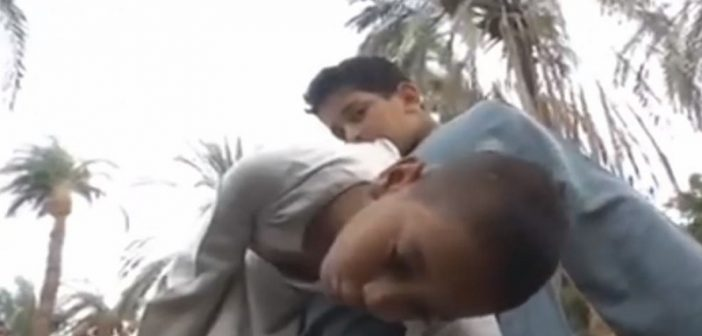 A la découverte d'Ahmed, ce jeune Égyptien aux pouvoirs surnaturels (Vidéo)