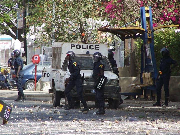 Incidents à l'UCAD : Les enseignants du SAES dénoncent la «furie» policière et interpellent l'Etat