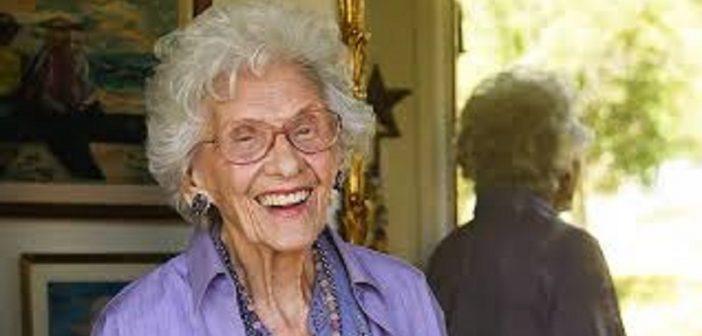 cin ma connie sawyer la plus vieille actrice au monde d c de 105 ans. Black Bedroom Furniture Sets. Home Design Ideas