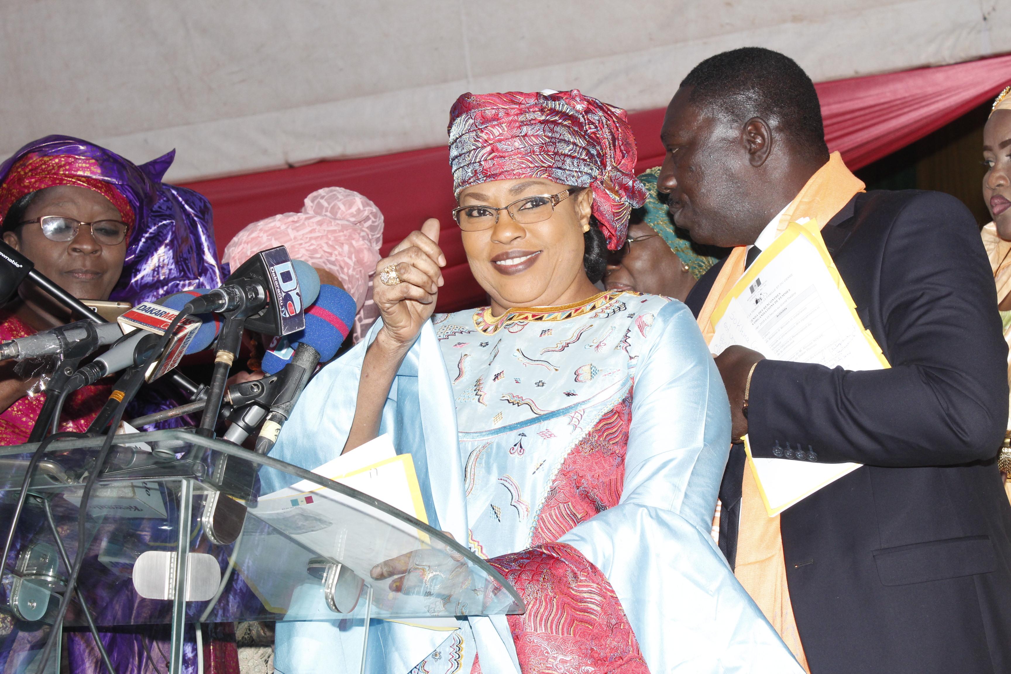 255 millions déboursés : Salimata Diop Dieng a procédé au lancement de 152 unités économiques pour l'entrepreneuriat féminin