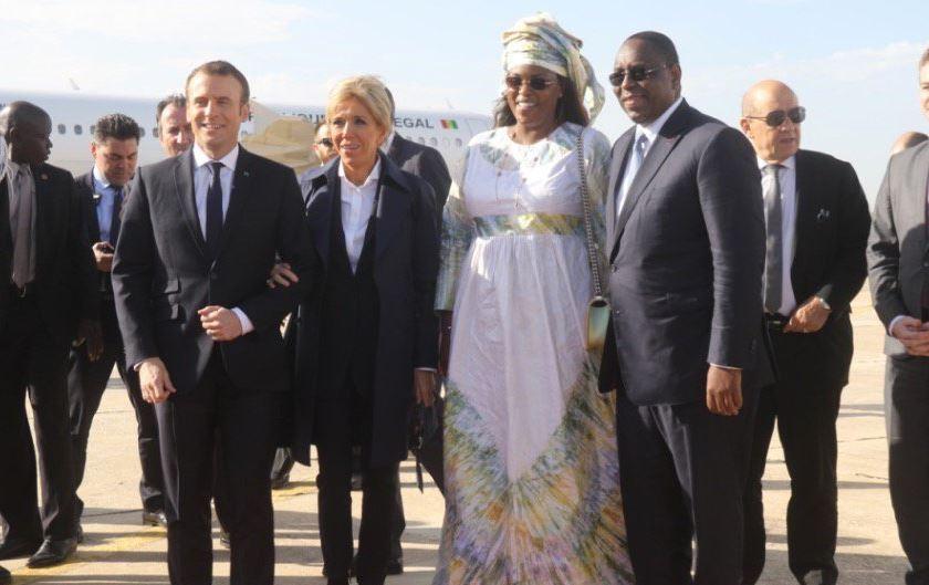 Photo : Macky, Marième Faye Sall, Brigitte et Emmanuel Macron