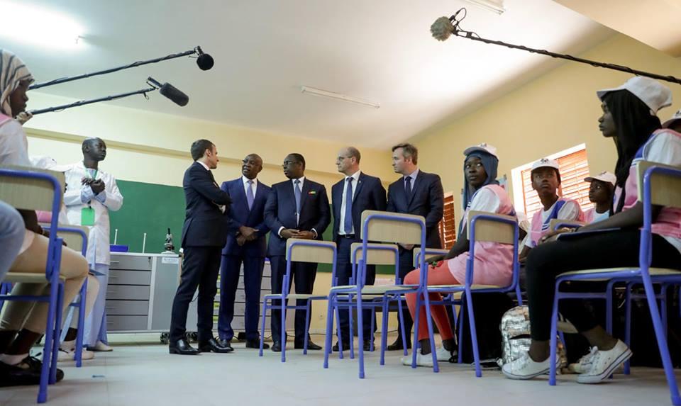 """Polémique Macron au collège de Hann Bel-Air : """"L'interprétation qui est faite de cette vidéo est complètement fausse et dénuée de fondement""""  ('Inspecteur de l'Education et de la Formation de Grand-Dakar)"""