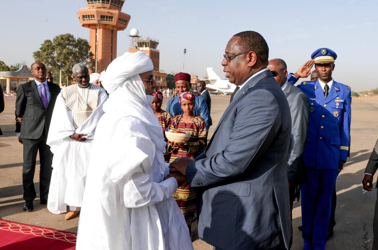 Photos: Le Président Macky Sall à Niamey pour l'ouverture de la 18e conférence des Chefs d'Etat et de Gouvernement