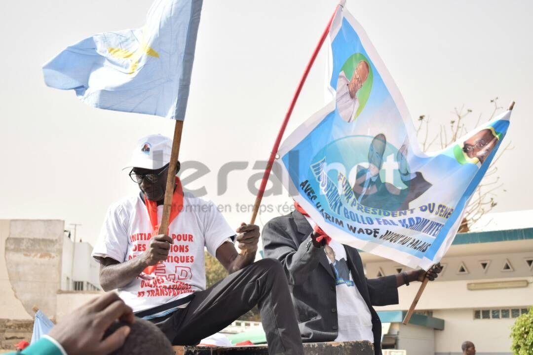 Les premières images de la la Grande marche de l'opposition ce vendredi 09 février 2018