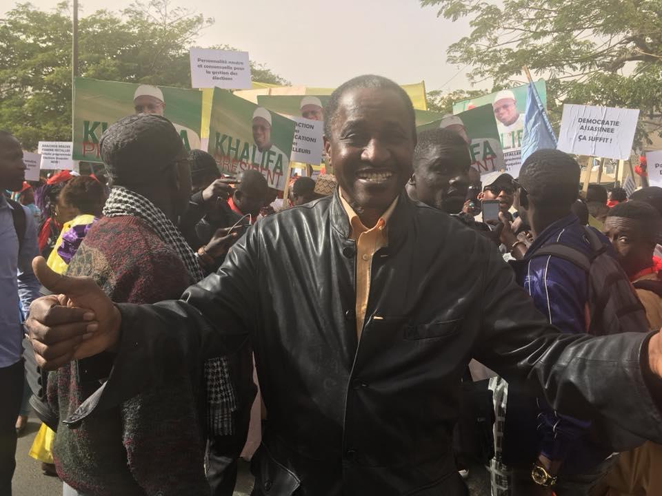 Arrêt sur image: Le journaliste Adama Gaye à la marche de l'opposition
