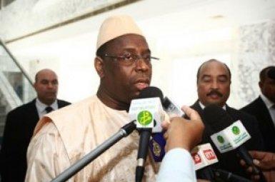 """Macky Sall répond à l'opposition : """"Je suis au service de l'intérêt des Sénégalais (...) Dieu ne retient pas les paroles mais les actions"""""""