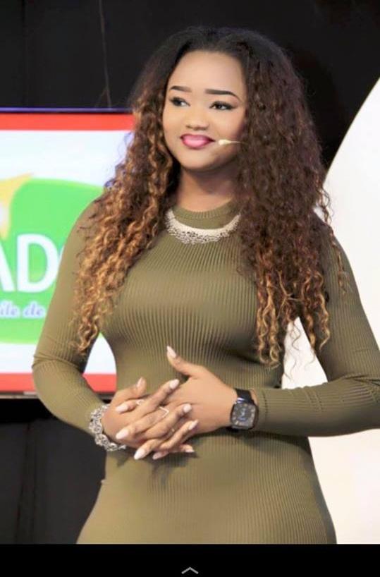 """La robe de Fama Thioune qui a choqué lors de l'émission """"Oeil du Tigre"""" sur la TFM"""