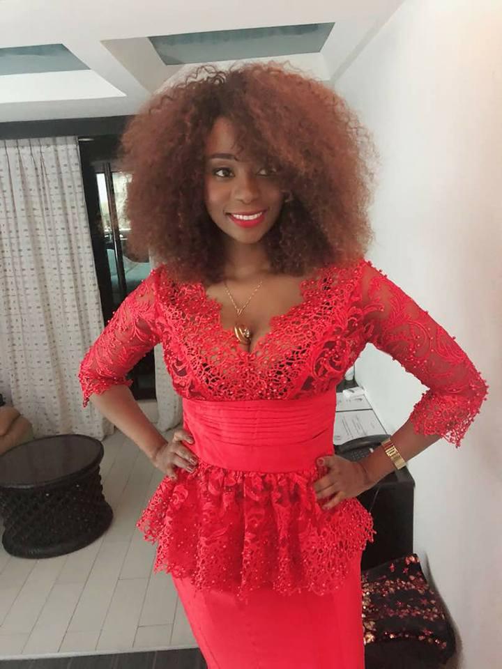 Photos : Adiouza prépare la Saint Valentin...après son mariage