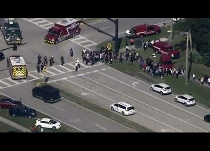 Une fusillade dans une école secondaire fait au moins 20 blessés en Floride