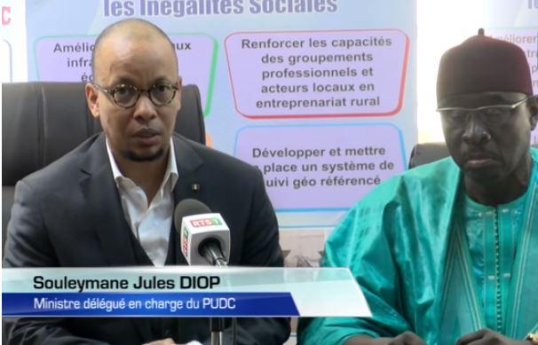 La signature d'une convention entre le PUDC et le réseau national des communicateurs traditionnels