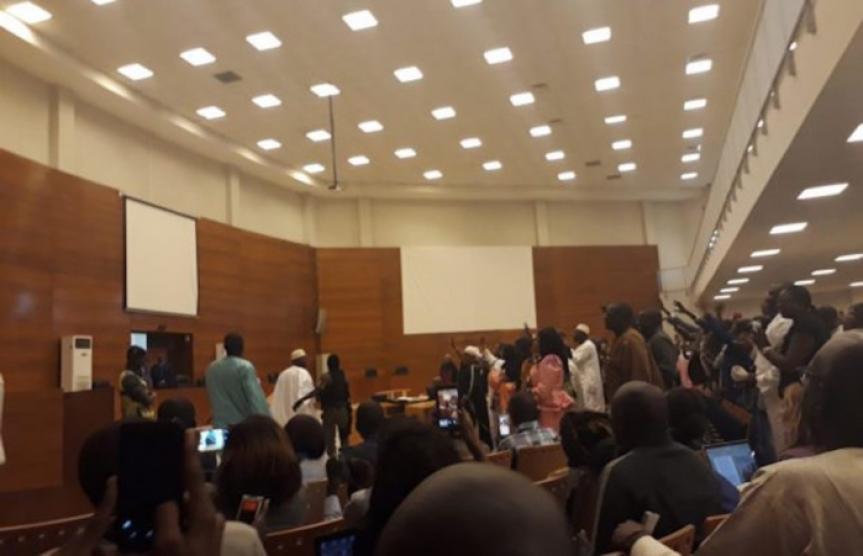 Tribunal : Un partisan de Khalifa Sall en transes à l'évocation d'un verset du Coran