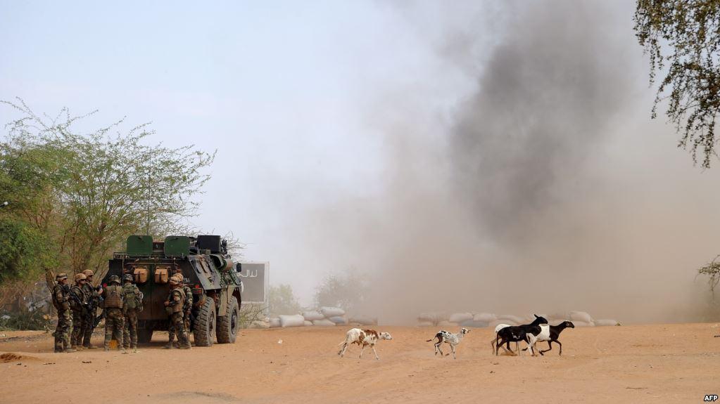 Deux soldats français tués et un autre blessé dans l'explosion d'une mine au Mali