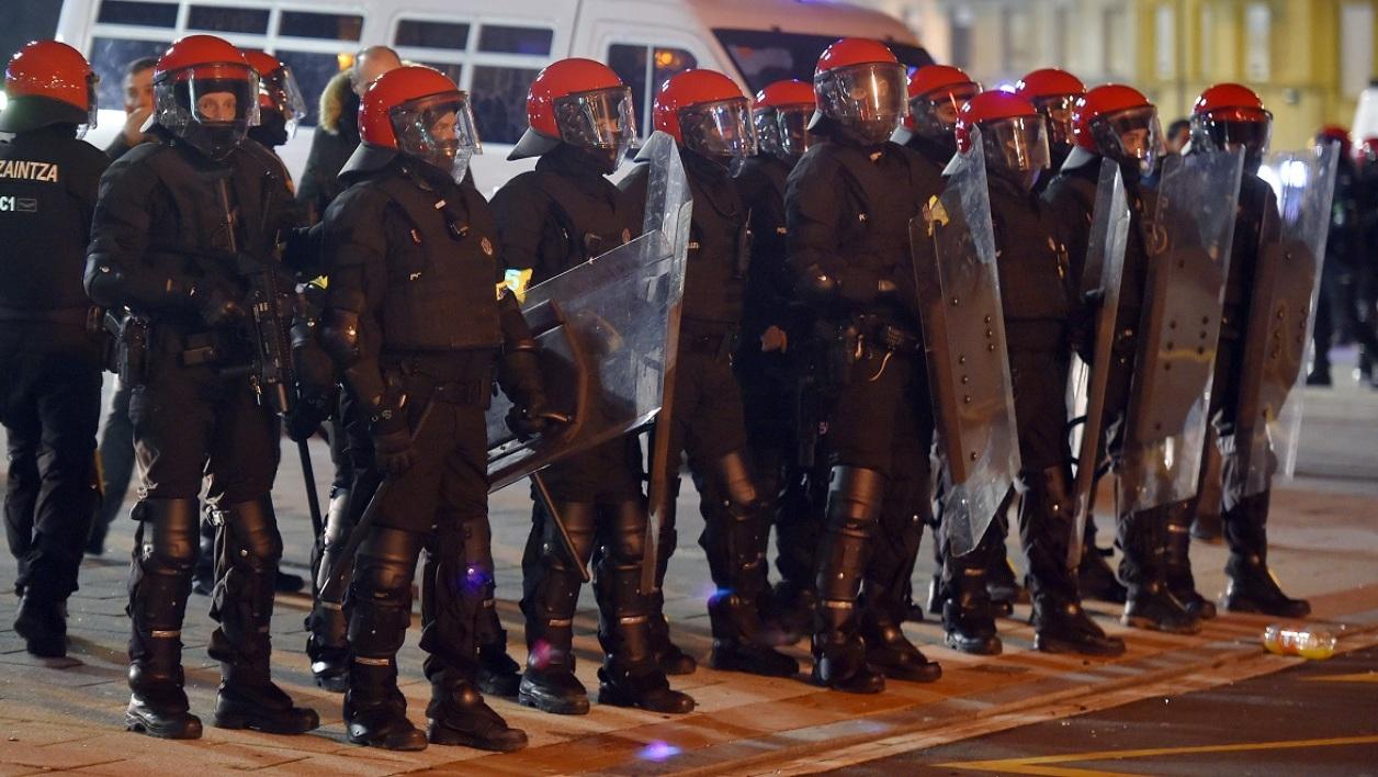 Athletic Bilbao-Spartak Moscou: un policier meurt lors d'affrontements entre supporters