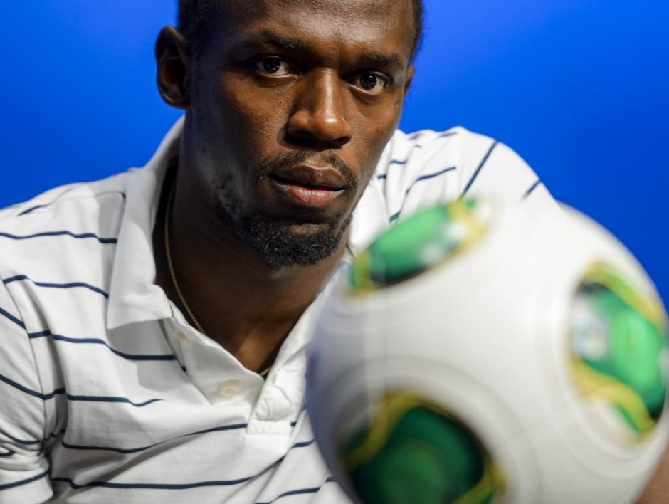 Usain Bolt jouera à Old Trafford en juin (mais il n'entame pas une carrière pro)