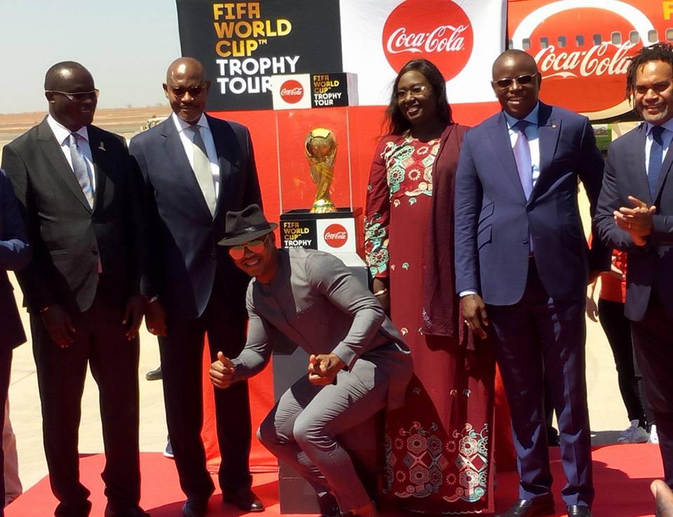 Le Trophée de la Coupe du Monde de football est arrivé au pays de la Téranga
