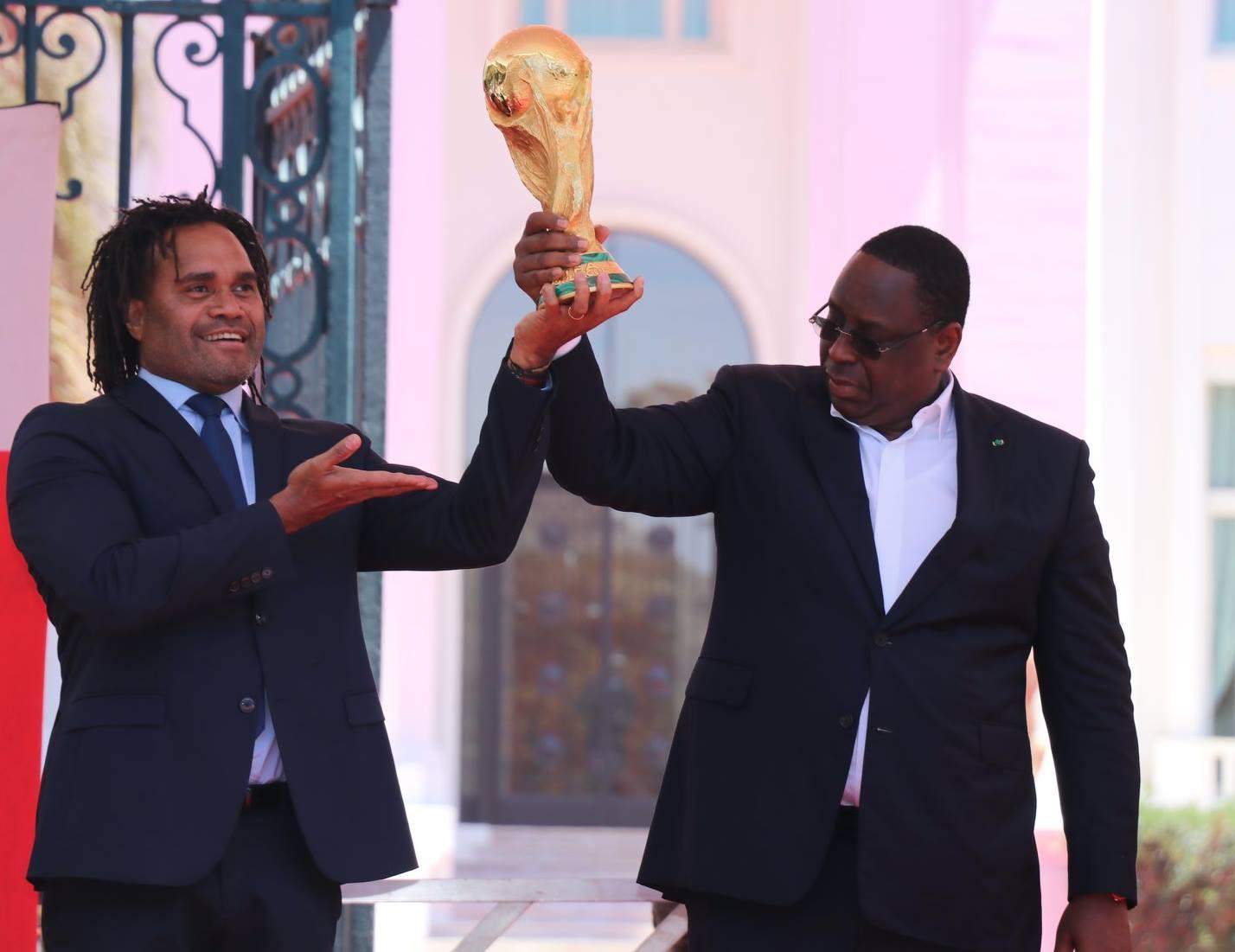 La cérémonie de l'accueil du trophée la Coupe du Monde à Dakar