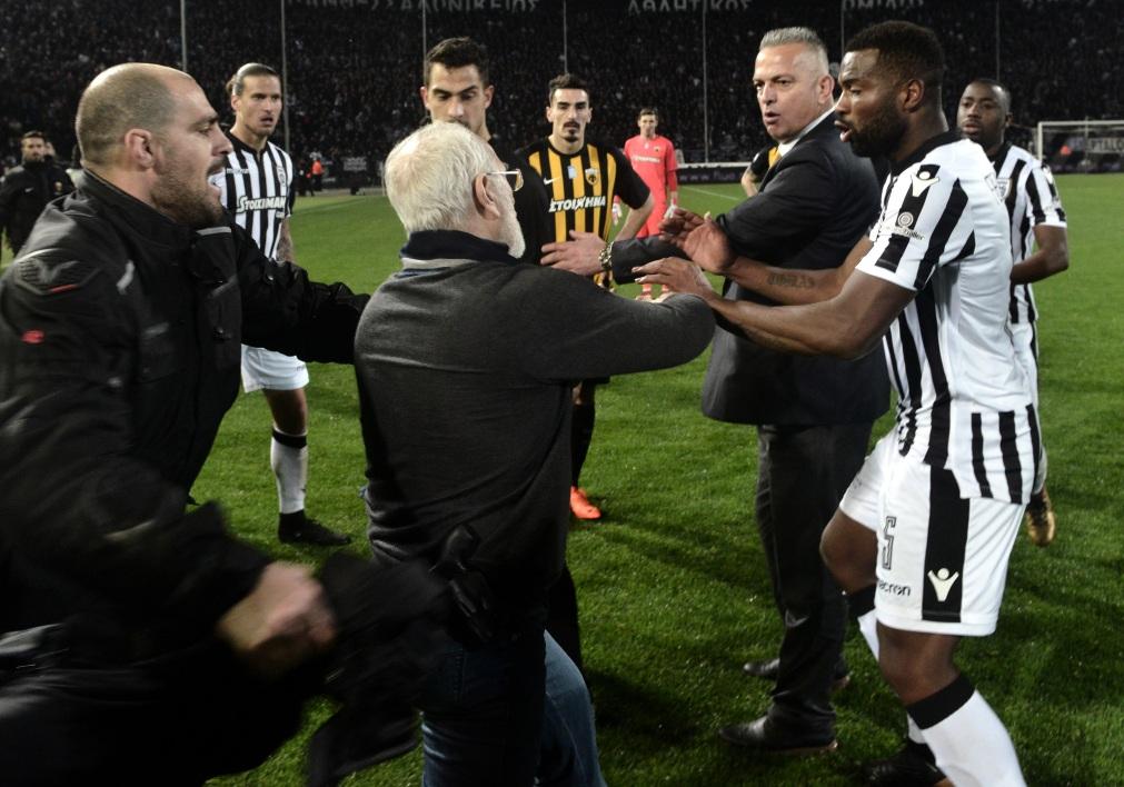 Le championnat de Grèce suspendu par le gouvernement après les incidents de PAOK-AEK