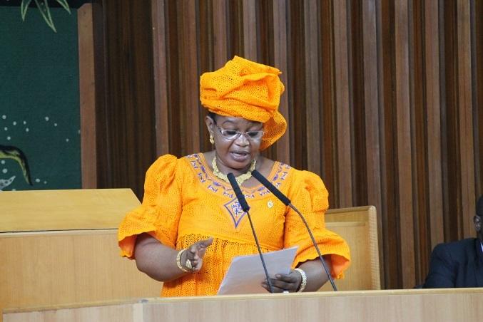 La députée Aida Mbodj appelle à la protection des les enfants, les malades mentaux et les albinos