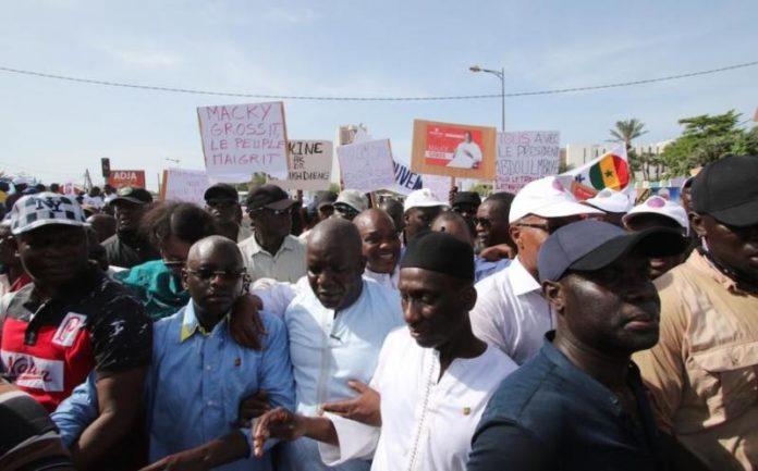 Processus électoral: L'opposition reporte son sit-in et projette un ''23 juin'' à l'Assemblée nationale