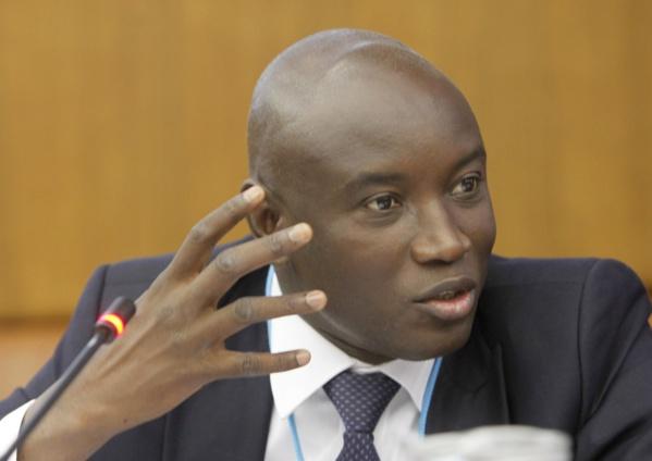 Marche de l'opposition: « S'ils veulent marcher, cela veut dire qu'ils vont écrire une demande d'autorisation », selon Aly Ngouille Ndiaye