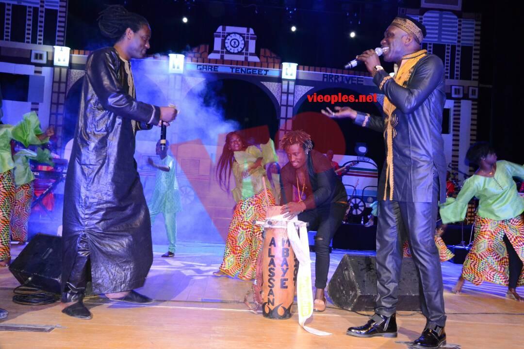 """Découvrez les 120 images de la soirée""""spécial laak yaboye"""" de l'incontournable Gorguy Ndiaye au Grand Théâtre"""