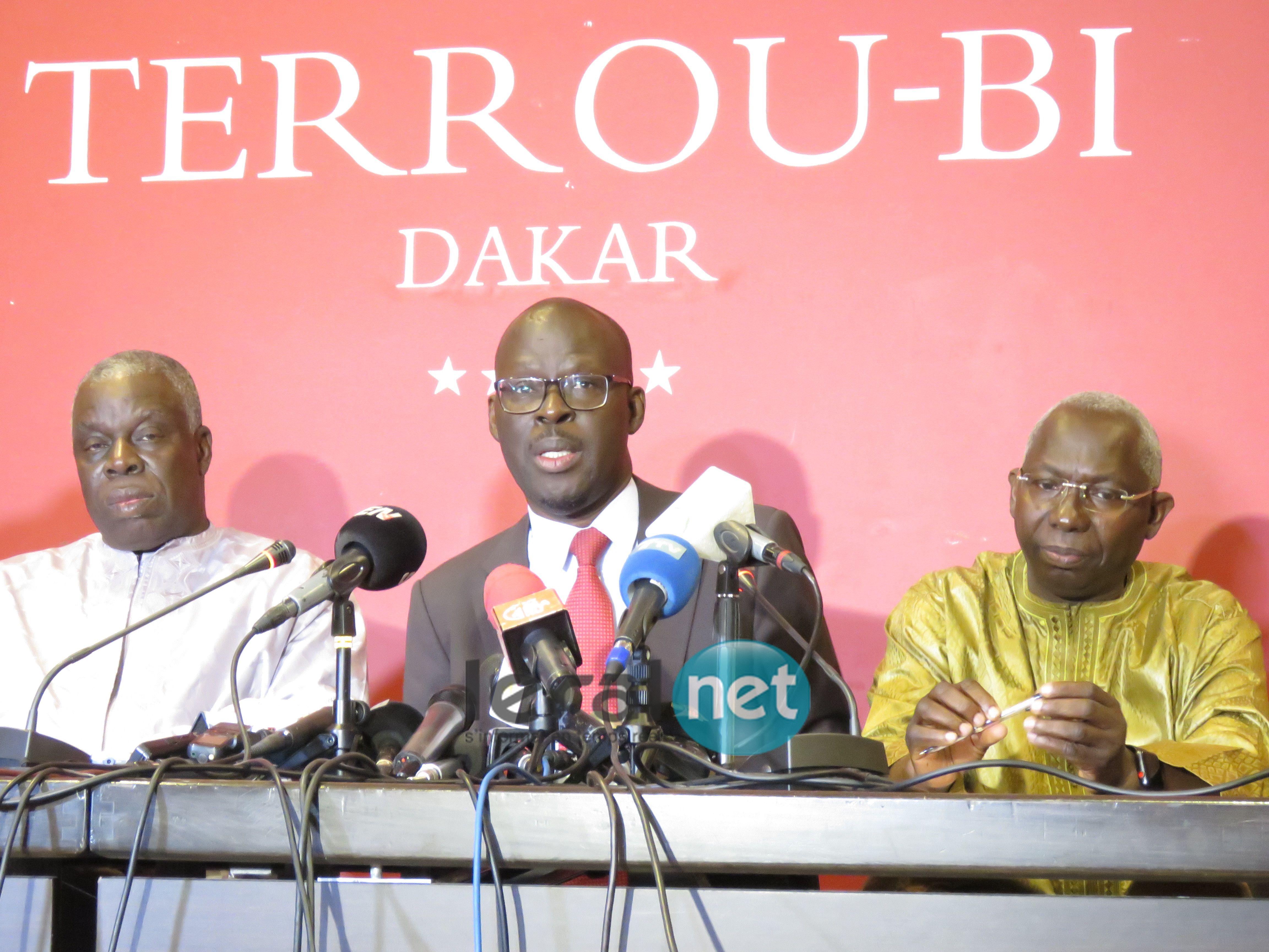 Les images du point de presse des députés non-inscrits