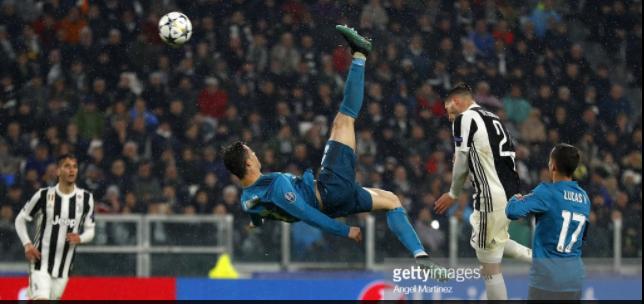 Photo football : Dégustez la reprise acrobatique phénoménale de Cristiano Ronaldo face à Juventus