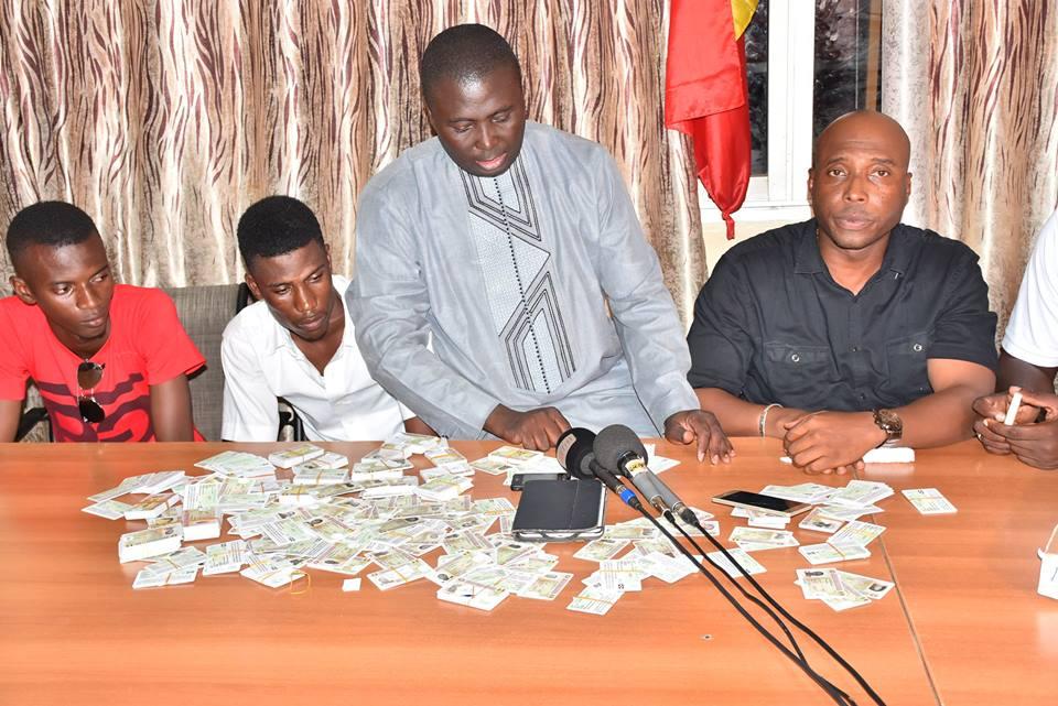 Silence assourdissant du Maire de la Médina : Bamba Fall a-t-il parrainé le parrainage ?