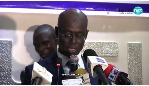 Urgent : Thierno Alassane Sall arrêté, un journaliste de Senenews touché par les lacrymogènes...