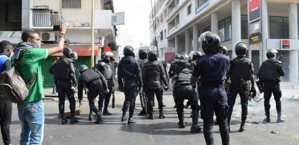 Rond-point Sandaga : La police charge les journalistes