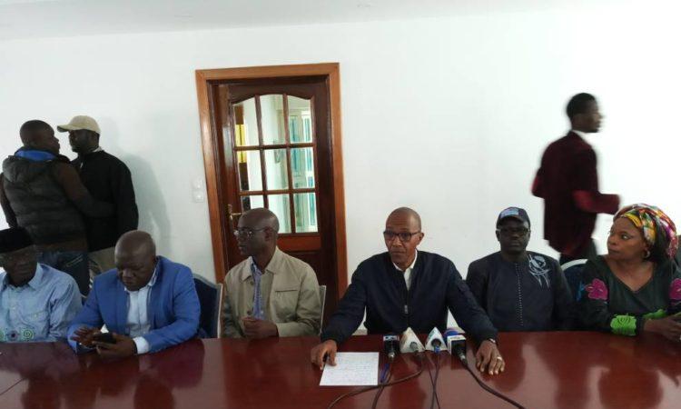 URGENT: Abdoul Mbaye annonce la mort d'un manifestant, la police dément