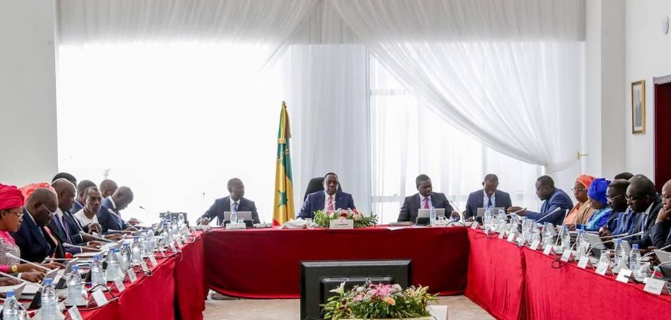 Communiqué du Conseil des ministres du 02 mai 2018