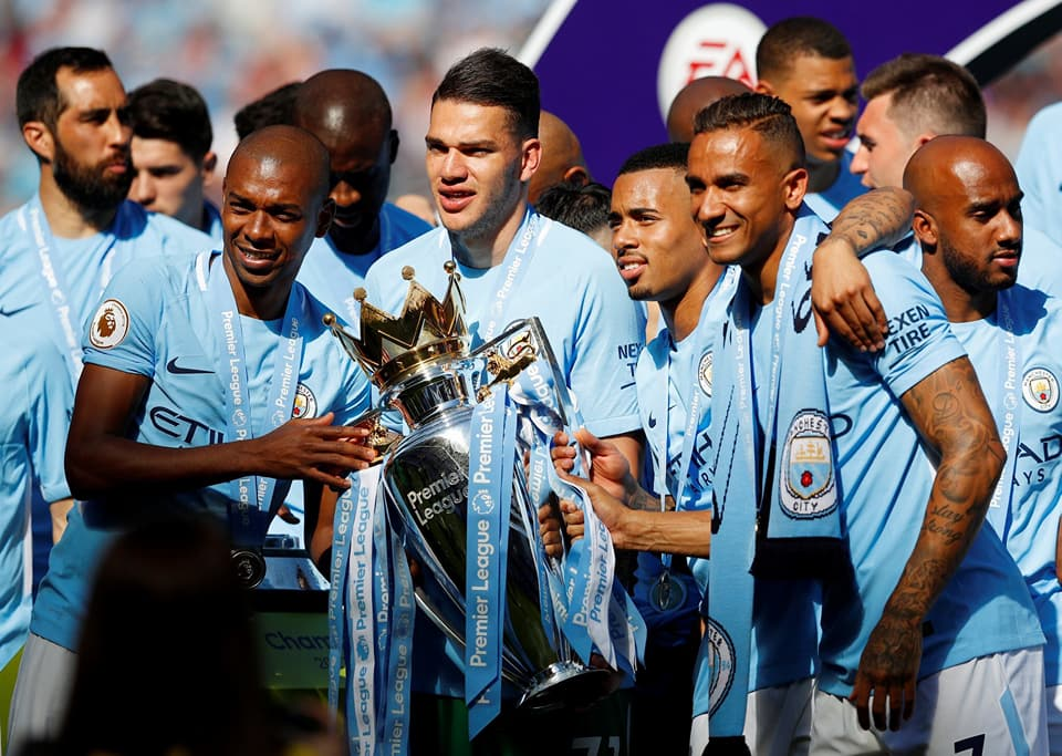 PHOTOS - Manchester City célèbre son titre de champion d'Angleterre