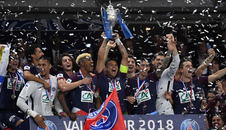 Coupe de France: haie d'honneur et trophée partagé, la classe du PSG avec Les Herbiers