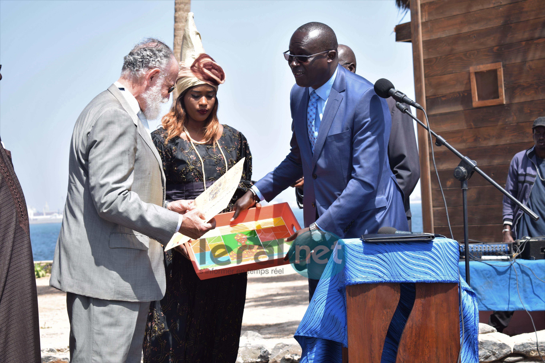 Photos : La nouvelle Place de l'Europe à Gorée a été inaugurée