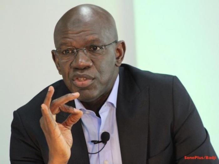 Les gaffes de Mame Adama Guèye: « Il confond 1000 unités de matériels agricoles avec 1000 tracteurs »