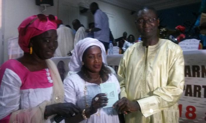 Rufisque: Ismaïla Madior Fall enrôle 400 « Badianou Gokh » pour la réélection de Macky Sall