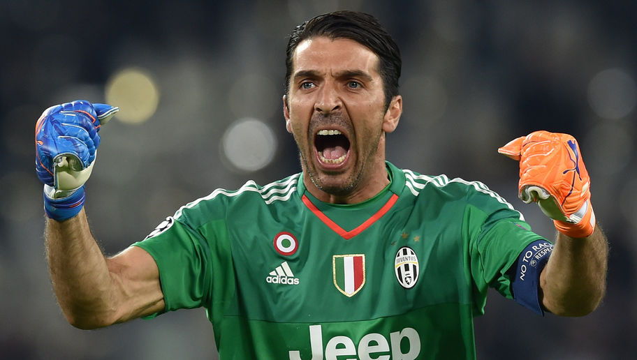 Les excuses de Buffon à l'arbitre de Real-Juve