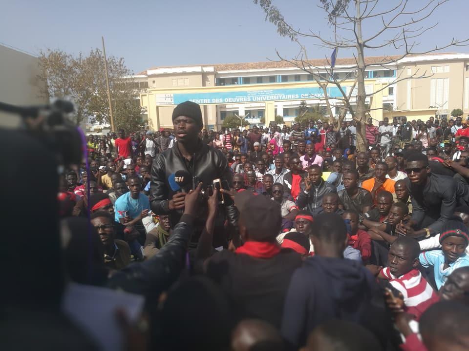 Ucad : les étudiants accusent leur porte-parole d'avoir reçu de l'argent du pouvoir et...