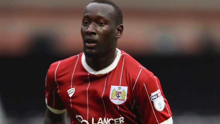 Famara Diedhiou suspendu six matchs pour avoir craché sur un joueur de Birmingham