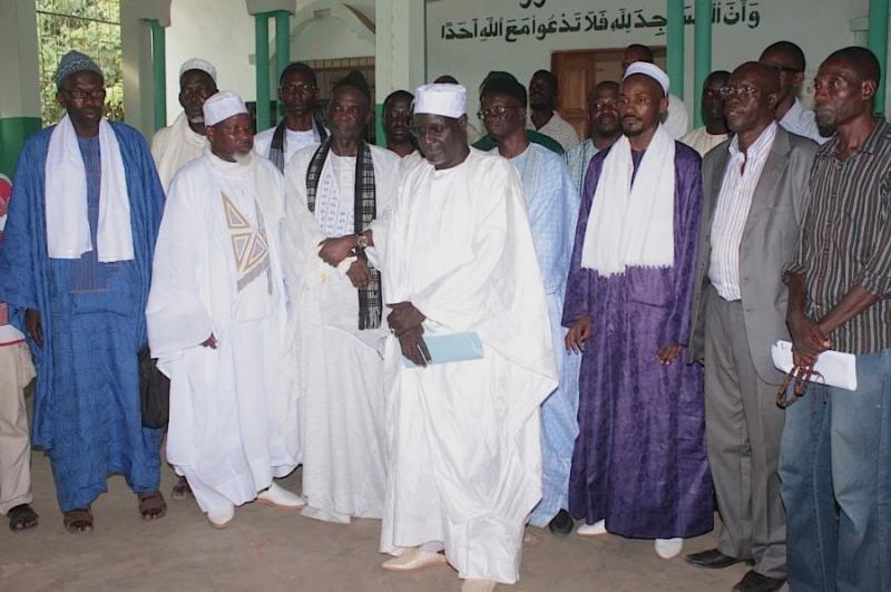 La Ligue des Imams lapide Idrissa Seck
