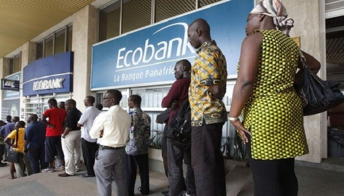 Retard dans le paiement des bourses du mois d'avril : Ecobank renvoie la balle à l'Etat