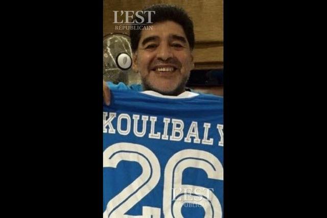 Maradona adoube Kalidou Koulibay et réclame son maillot