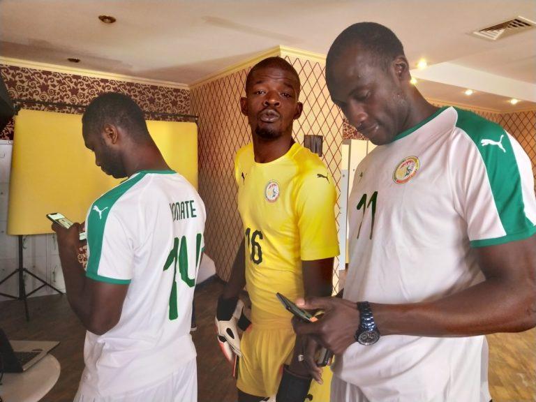 """PHOTOS - Mondial-2018 : Les """"Lions"""" s'installent et se régalent à Kaluga"""
