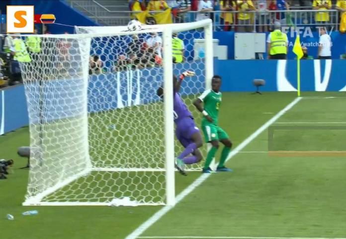 Vidéo: L'attitude de Idrissa Gana Gueye sur le but Colombien fait le buzz sur le net