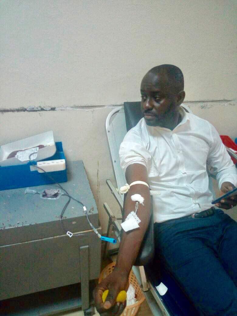 Don de sang : Thierno Bocoum répond favorablement à Macky Sall et lui demande…