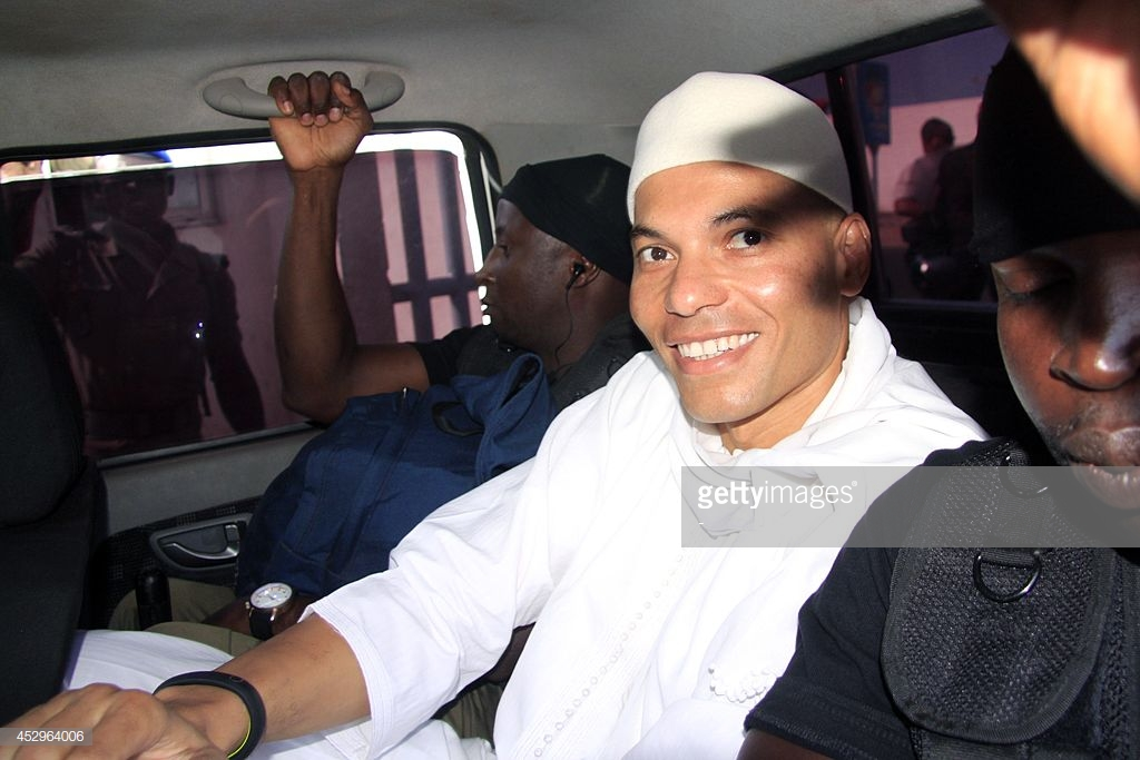 Pr Iba Barry Camara, enseignant en droit pénal: «Karim Wade perd définitivement ses droits de vote et d'éligibilité»