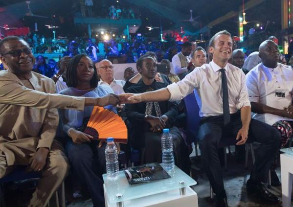 Photos : Youssou Ndour, en mode copain avec Emmanuel Macron
