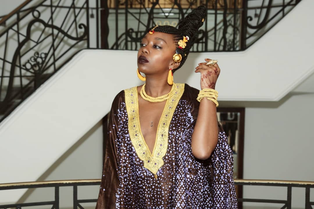 Photos : Fatou Ndiaye, la blogueuse sénégalaise en mode fulbé