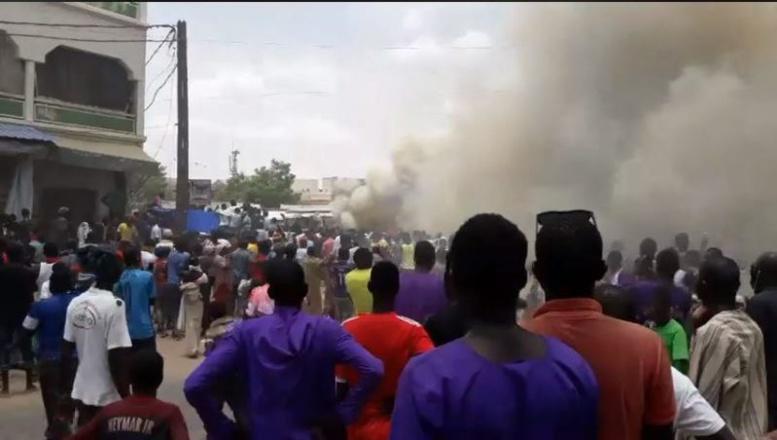Urgent – (Vidéo + photos): Un incendie déclaré au marché Ocas de Touba…